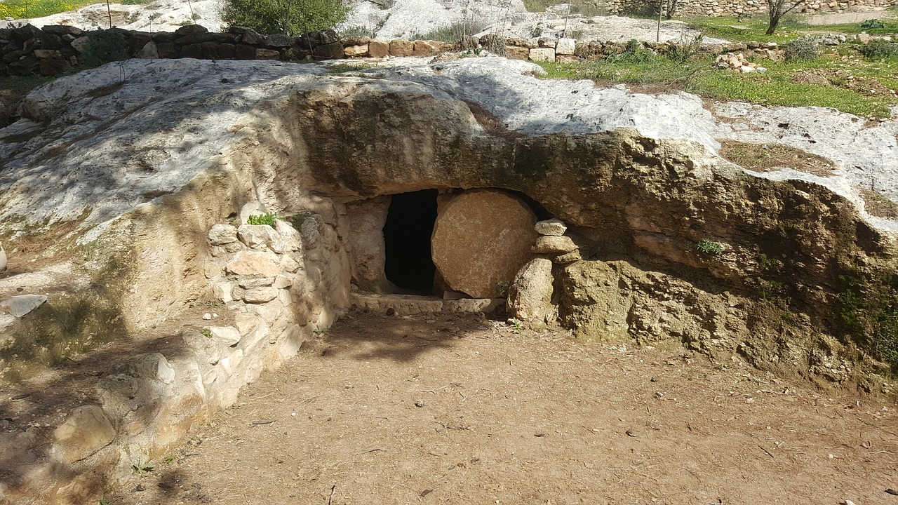 jesus-tomb-resurrection-easter